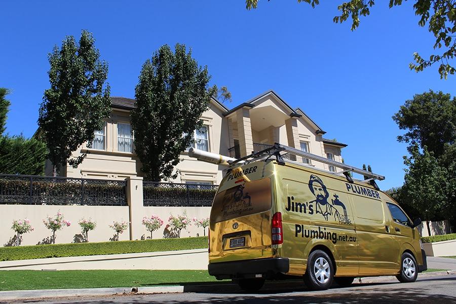 Gold Jims Plumbing van